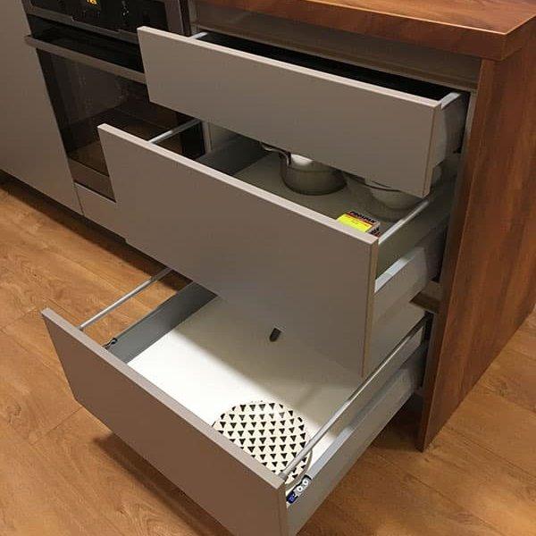 virtuve-podniekos-4
